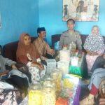 Bhabinkamtibmas Polsek Pujon Polres Batu Sambang Tokoh Pemuda Desa Madiredo