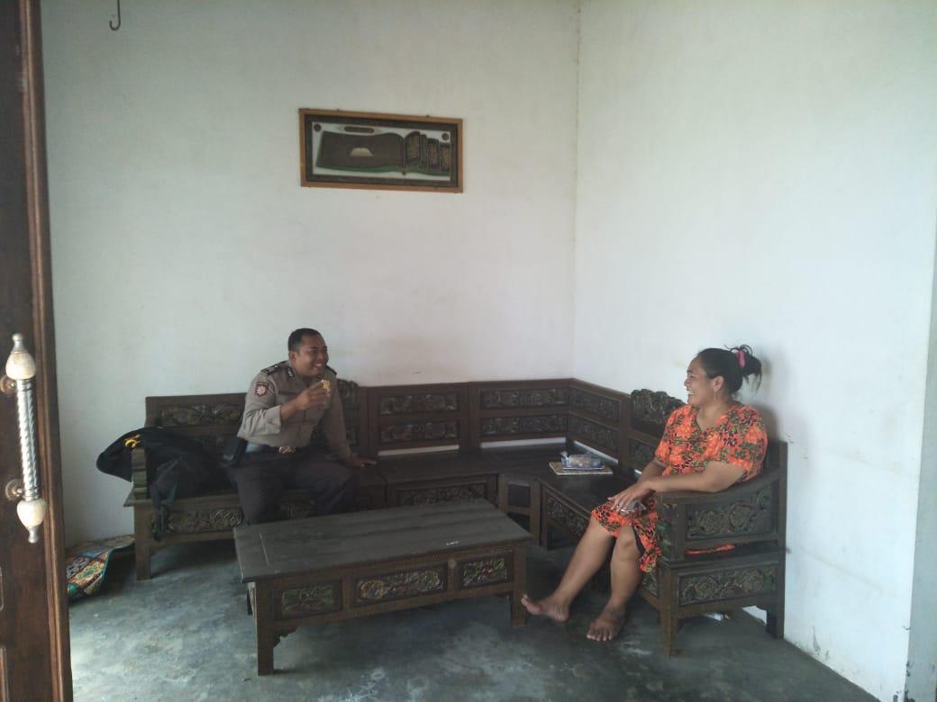 Giat Sambang Warga, Bhabinkamtibmas Desa Bayem Polsek Kasembon Polres Batu Sambang Warga