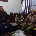 Kapolsek Pujon Polres Batu Silaturahmi Tokoh Masyarakat Desa Pandesari