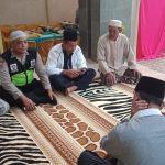 Bhabinkamtibmas Polsek Pujon Polres Batu (3 Pilar) Menghadiri Giat Safari Ramadan Di Desa Sukomulyo
