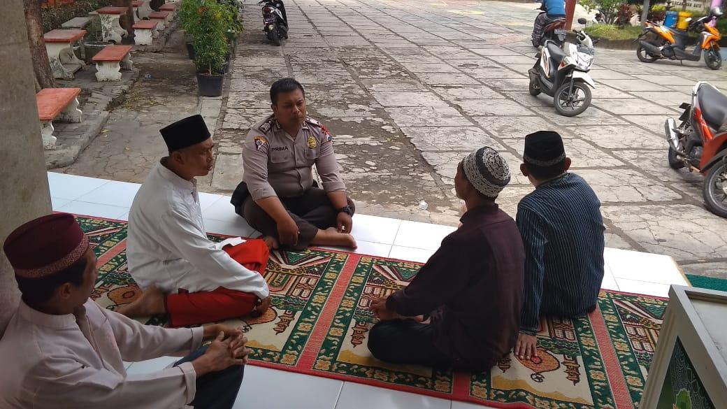 Ps. Kanit Binmas Polsek Batu Melaksanakan Giat memakmurkan masjid