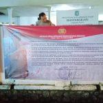 Polres Batu dan Polsek Memasang Spanduk Netralitas Polri Terhdap Pilgub 2018.