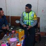 Bhabin Polsek Pujon Polres Batu Giat Sambang Warga Desa Tawangsari ke Rumah Warga