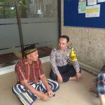 Giat Makmurkan Masjid, Anggota Bhabinkamtibmas Kelurahan Ngaglik Polsek Batu Kota Polres Batu Sambang Masjid