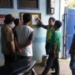 Bhabin Polsek Pujon Polres Batu Memasang Kotak Saran Dan Papan informasi