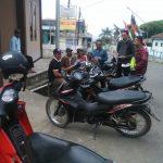 Anggota Bhabinkamtibmas Desa Ngabab Polsek Pujon Polres Batu melaksanakan Sosialisasi Kamtibmas Kepada Tukang Ojek