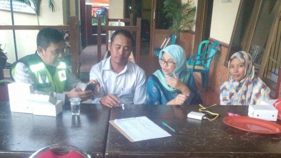 Bhabinkamtibmas Desa Sumberejo Polsek Batu Kota Polres Batu Sosialisasikan Layanan Aplikasi Android Apel