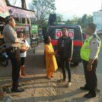 Mobil Penerangan Kamtibmas Keliling Binmas Polsek Batu Kota Polres Batu Sosialisasikan Layanan Android Apel