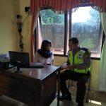 Laksanakan DDS dan Tingkatkan Sinergitas, Bhabinkamtibmas Desa Bayan Polsek Kasembon Polres Batu Sambang