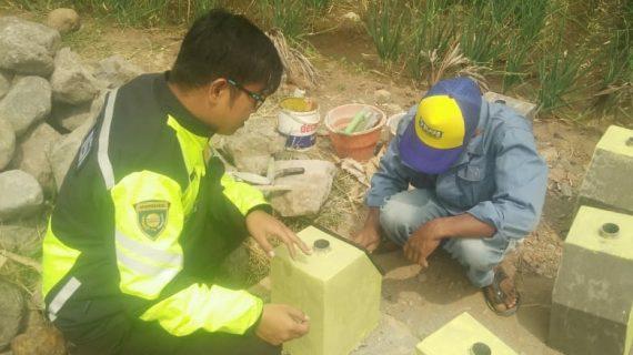 Bhabin Desa Pesanggrahan Polsek Batu Kota Polres Batu Sosialisasi Layanan Android Apel