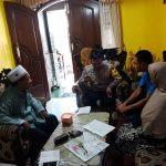 Tingkatkan Silaturahmi Bhabinkamtibmas Kelurahan Temas Polsek Batu Kota Polres Batu Sambang Tokoh Masyarakat