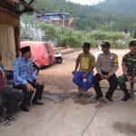 Sambang Warga Bhabinkamtibmas Kelurahan Songgokerto Polsek Batu Kota Polres Batu bersama Tiga Pilar