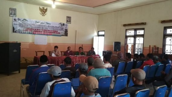 Bhabin polsek bumiaji menghadiri Sosialisasi Penanaman Rehabilitasi DAS