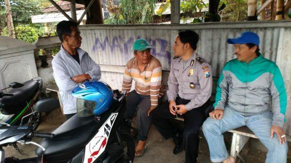 Sambang Warga Sambung Rasa Bhabin Kelurahan Ngaglik Polsek Batu Kota Sampaikan Pesan Kamtibmas