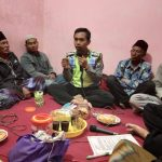 Anggota Bhabinkamtibmas Polsek Pujon Polres Batu Menghadiri Kegiatan Pertemuan Rutin Setingkat RT
