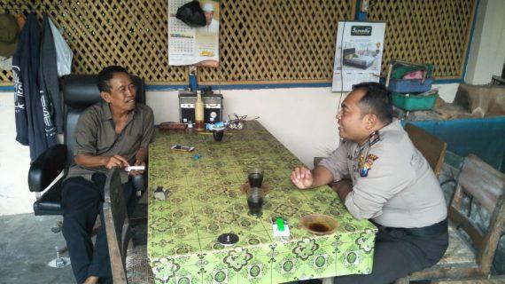 Giat Patroli Kamtibmas, Kapolsek Kasembon Polres Batu Ke Perangkat Desa Menjaga Sinergitas Dan Kerukunan Tetangga