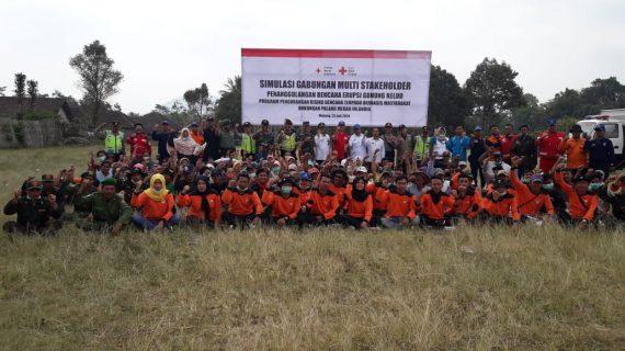 Kanit Sabhara Polsek Ngantang Polres Batu Mengikuti Kegiatan Simulasi Gabungan Multi Stakeholder Penanggulangan Bencana Erupsi Gunung Kelud