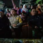 Sinergitas Tiga Pilar Kamtibmas Bhabinkamtibmas Kelurahan Sisir Polsek Batu Kota Hadir Malam Pentas Seni