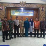 Anggota Bhabinkamtimas Desa Ngroto Polsek Pujon Hadiri giat masyarakat di Tingkat Desa