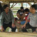 Jalinan Kedekatan Serap Aspirasi Warha Bhabin Desa Oro Oro Ombo Polsek Batu Kota Polres Batu Lakukan Giat Sambang Desa