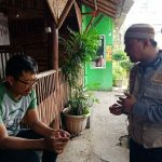 Giat Sambang Kamtibmas, Bhabinkamtibmas Kelurahan Temas Polsek Batu Kota Sampaikan layanan Aplikasi Android Apel