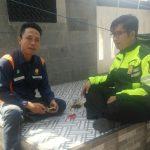 Giat Sambang, Bhabinkamtibmas Desa Pesanggrahan Polsek Batu Kota Door To Door System Kunjungan Tokoh Pemuda