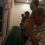 Anggota Polsek Bumiaji Giat Memakmurkan Masjid Polsek Bumiaji Polres Batu di Masjid Dr. Oesman Asnar