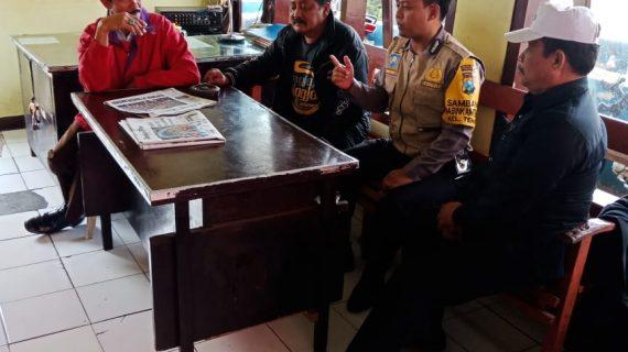 Giat Peningkatan Pam Swakarsa Bhabinkamtibmas Kelurahan Temas Polsek Batu Kota Polres Batu Sambang Satpam Pasar Besar Batu