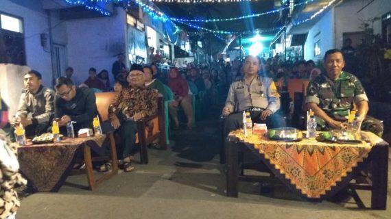 Bhabinkamtibmas Kelurahan Ngaglik Polres Batu Menghadiri Gebyar Seni Kemerdekaan di Kelurahan Nganglik