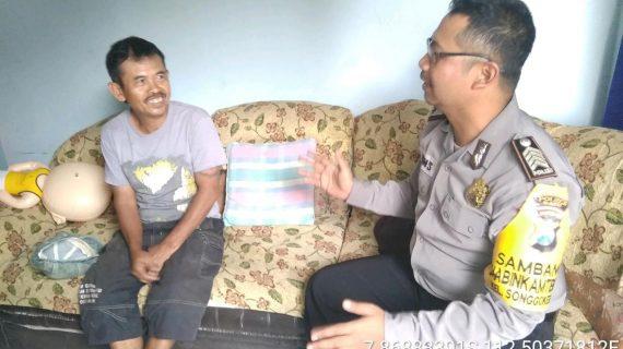 Door To Door System Kunjungan Warga Tingkatkan Kepercayaan Masyarakat Kepada Polri Bhabin Kelurahan Songgokerto Polsek Batu Kota