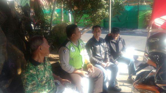 Giat Patroli, Silaturahmi Tokoh Masyarakat Kanit Binmas Polsek Batu Polres Batu Sosialisasi Layanan Android Apel