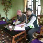 Door To Door System Tingkatkan Kepercayaan Masyarakat terhadap Polri Bhabinkamtibmas Polsek Batu Kota Polres Batu