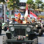 Kapolres Batu bersama Forkopimda meriahkan Karnaval dalam rangka memperingati HUT Kemerdekaan RI ke 73