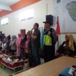 Upaya Juga Jalin Kerjasama Dengan Masyarakat,  Polres Batu Polsek Pujon Menghadiri Acara Kegiatan Rangkaian Bersih Di Desa