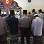 Juga Guna Jalin Kerjasama Dengan Masyarakat Polres Batu Kanit Binmas Polsek Bumiaji Makmurkan Masjid