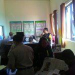 Partisipasi Pengawasan Dana Desa Bhabin Oro Oro Ombo Polsek Batu Polres Batu Silaturahmi Kepada Kades Oro Oro Ombo Batu