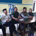 Bhabinkamtibmas Polsek Pujon Polres Batu Rapat Bersama Panitia HUT Desa Tawangsari