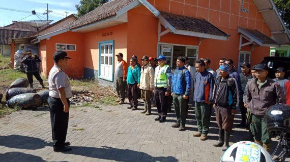 Kapolsek Pujon Polres Batu Beserta Instansi Terkait Melaksanakan Patroli Penanggulangan Bencana Kebakaran Hutan