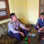 Kunjungan Tokoh Masyarakat Bhabinkamtibmas Desa Sumberejo Polsek Batu Kota Polres Batu Sampaikan Pesan Kamtibmas
