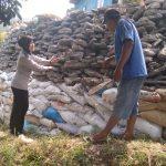 Bhabinkamtibmas Desa Pesanggrahan Polsek Batu Kota Jalin Silaturahmi Lakukan Sambang Warga