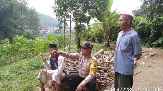Kegiatan Sambang Desa Serap Aspirasi Masyarakat Bhabinkamtibmas Kelurahan Songgokerto Polsek Batu Kota Polres Batu Jaga Sinergitas Kondusif