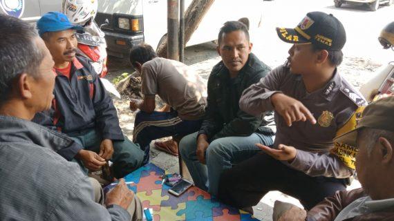 Sinergitas Masyarakat Bhabinkamtibmas Kelurahan Temas Polsek Batu Kota Polres Batu Sambangi Paguyuban Sopir Truk