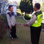 Patroli Sambut Pileg Damai Kanit Binmas Polsek Batu Kota Polres Batu Lakukan Silaturahmi Kepada Tokoh Masyarakat