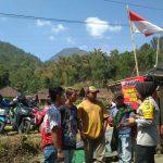 Sambang Lokasi Parkir Wisata Gunung Panderman Bhabin Desa Pesanggrahan Polsek Batu Polres Batu Sampaikan Pesan Kamtibmas