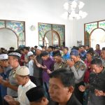 Kapolres Batu Beserta Bhayangkari melaksanakan Sholat Goib dan Do`a Bersama