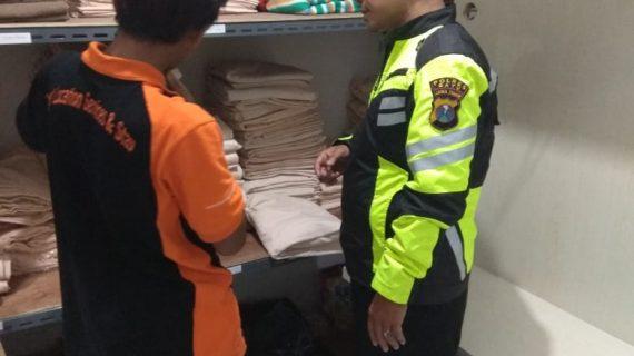 Sambang Karyawan penginapan Bhabinkamtibmas Kelurahan Ngaglik Polsek Batu Kota