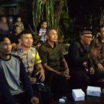 Bhabinkamtibmas Desa Pendem Junrejo Batu menghadiri giat pentas seni memeriahkan HUT RI ke 73