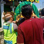 Brigadir Anton Isfiyanto Bhabinkamtibmas Kelurahan Temas Polsek Batu Polres Batu, takziah kepada warga binaan yang meninggal dunia