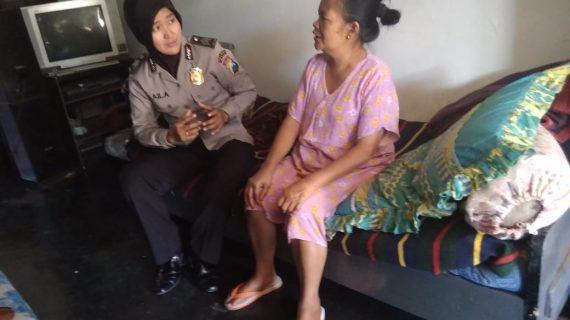 Anggota Bhabinkamtibmas Giat Silaturahmi Rutin, Anjangsana Warga Sakit Bhabinkamtibmas Desa Pesanggrahan Polsek Batu