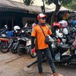 Upayakan dan Bangun Preventif di Wilayah, Sambang Lokasi Parkir Pasar Batu Bhabin Kelurahan Temas Polsek Batu Kota Sampaikan Pesan Kamtibmas